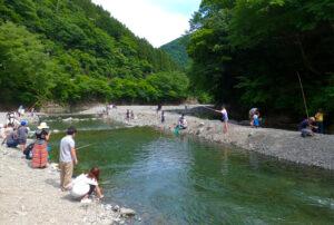 自然のなかにある渓流の管理釣り場